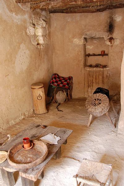 19 Nazareth Village 187 Linear Concepts